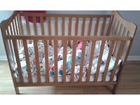 baby/toddler cot bed
