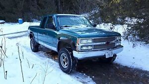 1994 Chevrolet Pickup Truck (Need gone)