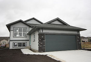 New Laebon Bi-Level in Wetaskiwin! OPEN HOUSE SAT/SUN 12-5
