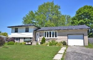 BEAUTIFUL HOME IN STRATHROY