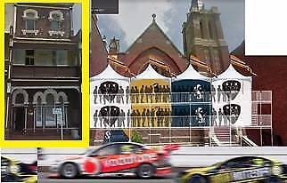Supercars Trackside Grandstand Bed and breakfast Watt St Straight
