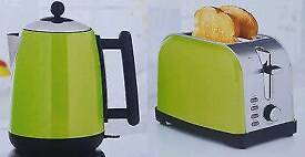 Brand new GREEN/LIME JUG KETTLE 1.7L 1850-2200 & 2 SLICE TOASTER WIDE 730-870W
