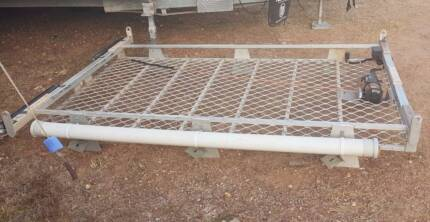 ALUMINIUM ROOF RACK WITH BOAT LOADER WINCH