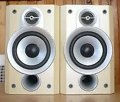 JVC SP-UXP5 Hi-Fi Stereo Bookshelf Speakers With Covers