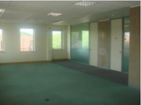 Flexible TW5 Office Space Rental - Heathrow Serviced offices