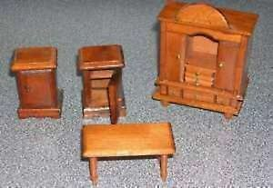 DOLL HOUSE FURNITURE AND ACCESSORIES