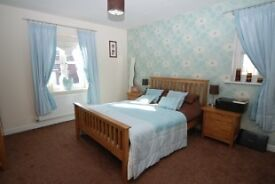 three bedroom apartment - Kingston, norbiton, Berryland, Hampton Wick - £250pw
