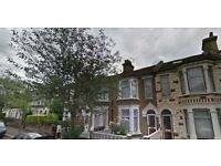 2 Bed Apartment in Albion Road, STOKE NEWINGTON N16