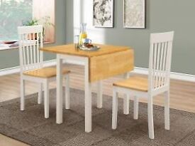Dropleaf/extending dining table and 2 chairs