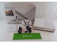 XBOX ONE 'BRAND NEW' {2PADS & FIFA 17} W/Receipt