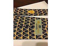 AQUASCUTUM 100% SILK TIE Blue & Golden Yellow SIGNATURE PRINT BNWT