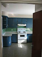 Avail Sept 1 – 4 BDRM Apt - Close to UNB/STU (clean and bright)