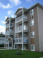 UTILITIES INCLUDED Beautifull  apt. Riverview FREE RENT