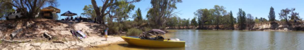Camero Clinker hull ski boat