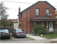 $1185 PM for 3 Bed Rm 2nd Flr Duplex - York Blvd at Hess St N