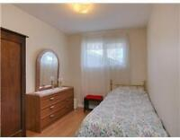 Southgate Furnished Upstair Room - All Inclusive