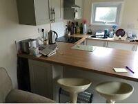 One bed property on farm near to Kingsteignton. Kitchen, garden, decking, bathroom, one bed.