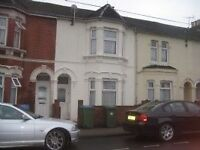 4 or 5 bedroom student house for let in town centre