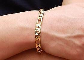 Gold Filled Figaro bracelet