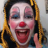 Animatrice- Clown- Maquilleuse- Sculpture ballons-Personnages Su