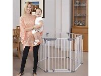 Playpen / room divider by DREAMBABY
