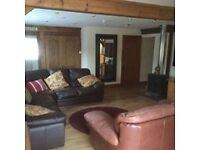 Luxurious house and lodge to rent in Gloucester for Hartpury students. Large drive and ,
