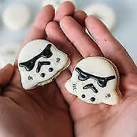 Star Wars Macarons (We make Other Characters and Shapes Too!)