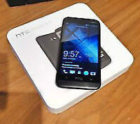 BLACK HTC 601 DESIRE WITH CHARGER AND ORIGINAL BOX - VIRGIN/BELL