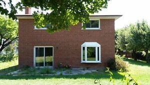 House for sale by owner in Richmond Hill  Yonge & 7