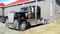 2011 Kenworth W900 T/A Truck Tractor CAT 483 HP