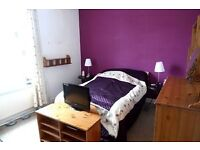 HOUSE TO RENT , 2Bed rooms , DG , CGH very good , near manchester road, walking to BURY METRO