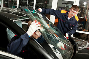 Get your Car windshield glass replaced