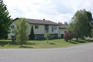 Great 2+2 house with additional inlaw suite in Lantz