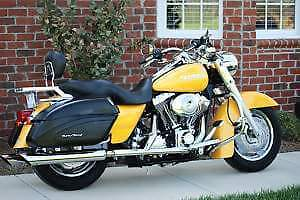 Road King Custom Mint Condition!!
