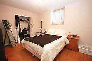 Beautiful Lower Level One Bedroom Apartment- Downtown Kingston Belleville Belleville Area image 4