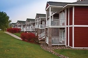 2 Unit Luxurious Timeshare for Golfers, Skiers and Nature Lovers