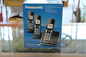 **NEW IN BOX** Panasonic KX-TGD393 Cordless Phones