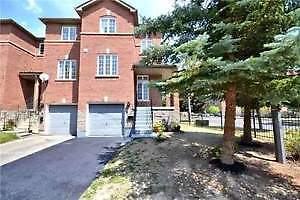 Don't miss out on this Executive Townhouse! It is NOT on MLS!!