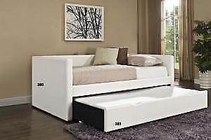 White Canadian made Daybed (TI36)