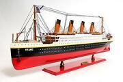 Titanic Schiff