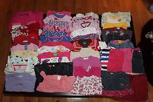Vêtements 12 mois Fille (près de 100 morceaux) - DaisyBaby