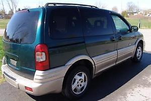 SELLING AS PARTS VAN 2000 Pontiac Montana Minivan Kingston Kingston Area image 2