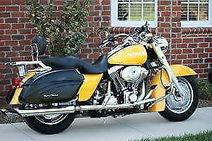 Road King Custom Mint Condition!!!