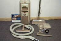 ELECTROLUX VACUUM CLEANER WITH ALL ATTACHMENTS & 1 YEAR WARRANTY