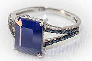 Blue Sapphire Ring with silver band (NEW)