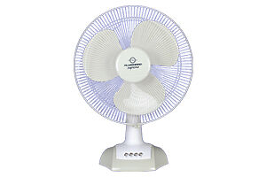 Hampton bay 20 in Pedestal fans 20in, 14in table fan