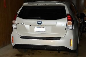 2016 Toyota Priusv Tech. Pack Wagon with 500 cash incentive