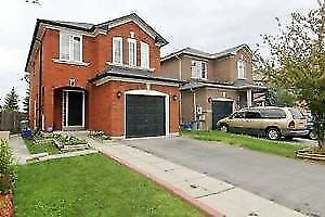 STUNNING 3 BEDROOM DETACHED HOME FOR RENT [GREAT LAKES/HWY410]