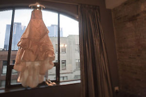 WEDDING DRESS WITH ALL ACCESS - SHOPPING DONE!!!! London Ontario image 2
