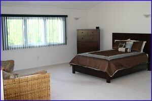 Large Luxury Cottage Upstair including Electrical and Propane Peterborough Peterborough Area image 2